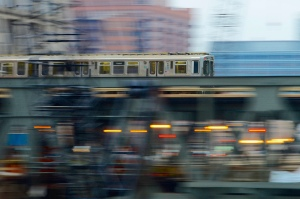 """L"" Train in motion - Flickr Creative Commons photo by Jamie McCaffrey"